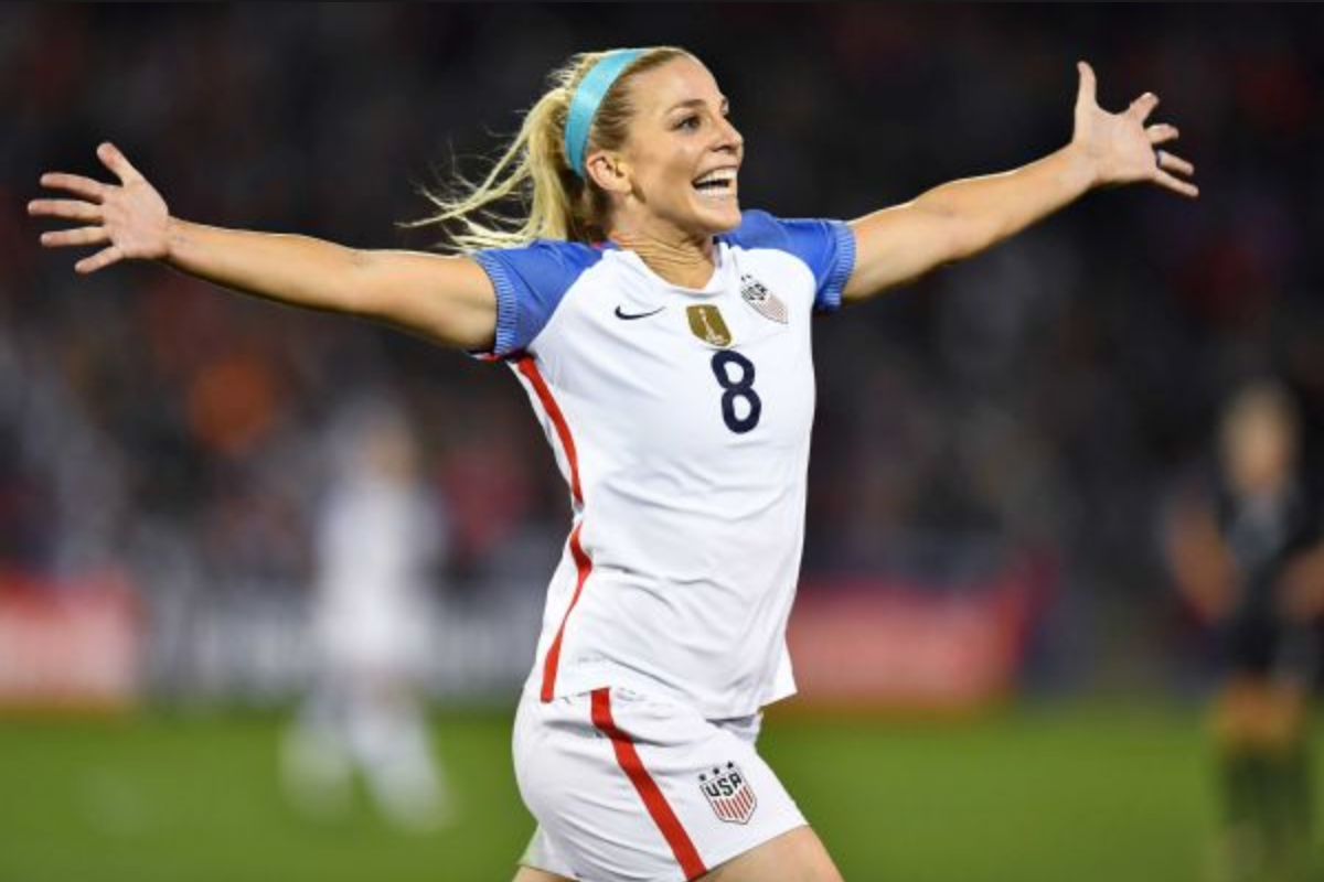 """817afee6e It would be remiss to talk about this year s women s soccer season in the  U.S. without mentioning Julie Johnston Ertz. 2017 has been dubbed by some  as """"the ..."""